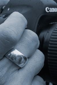 Spiegelung im Ring – kein Productplacement